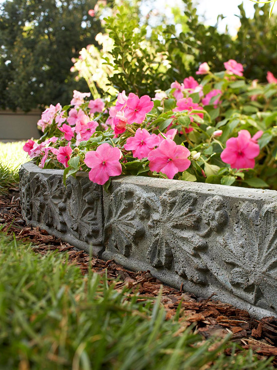 Unique garden edging ideas photograph unique garden edging for Unique garden border ideas