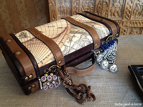 Treasure-Chest-Suitcase